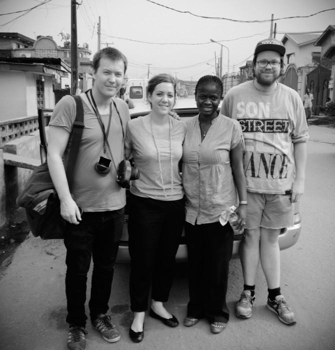 Fra venstre: Fotostudent Åsmund Hasli, vår klipper og regissør Margrete Vinnem, Abiola Tayo-Afolabi og lydstudent Vegard Soldal.