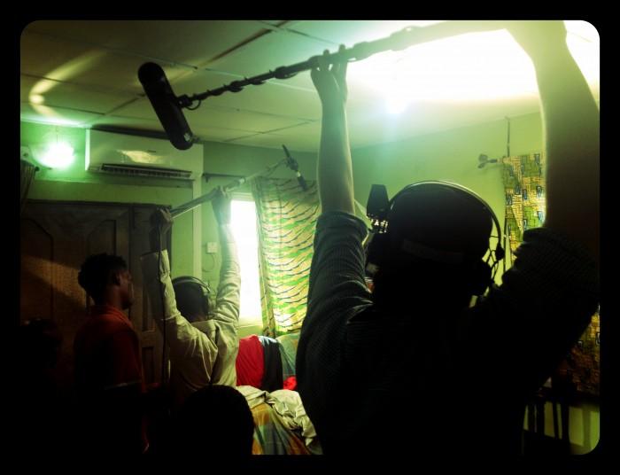Lyddesign-student Vegard på dokumentarfilmopptak i Nigeria